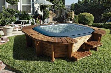Jacuzzi hinchable con mueble de madera Palm Beach